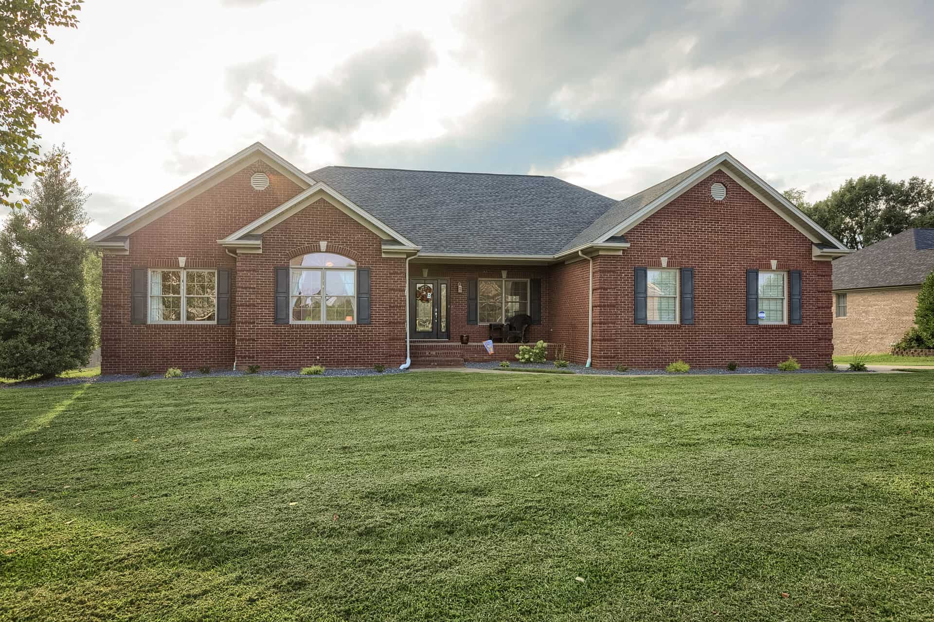 5250 Hillview Dr., Owensboro, KY 42303