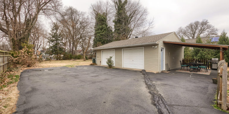 511 Griffith Ave - 025
