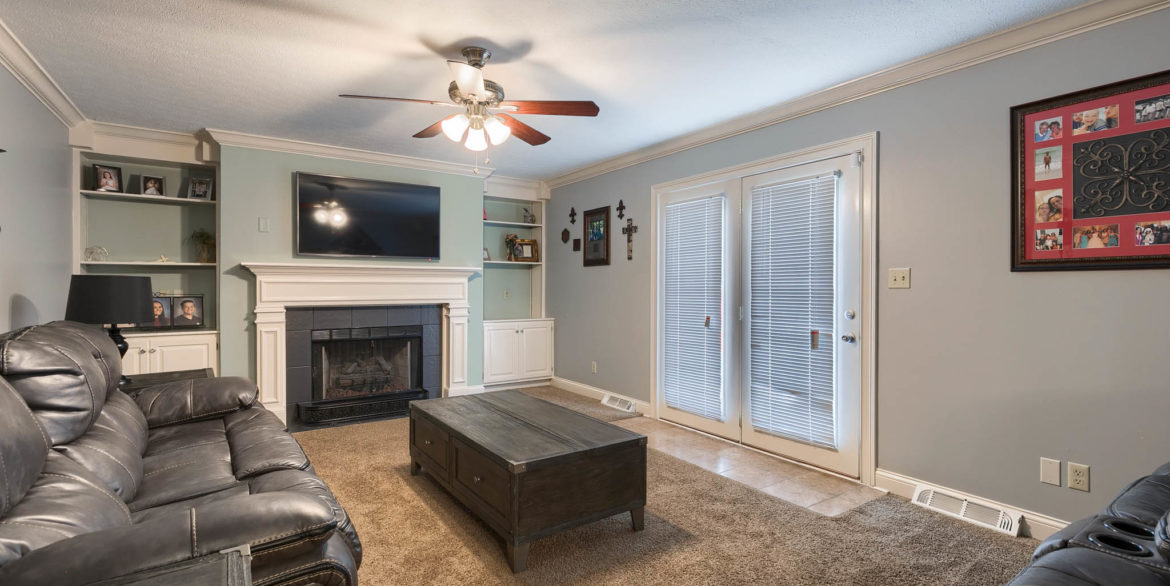 1409 Coventry Ln - 028