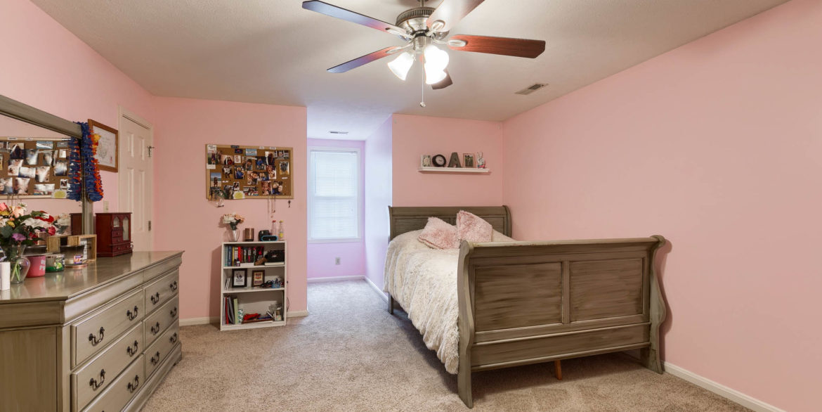 1409 Coventry Ln - 032