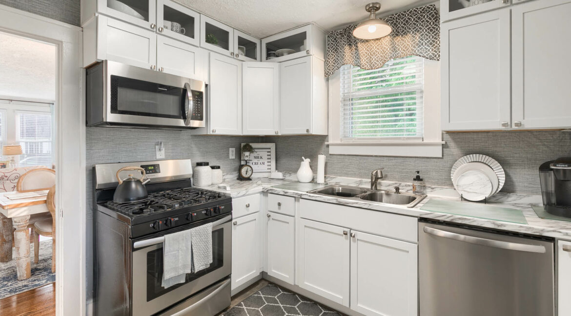 411 Geary Ct - 015